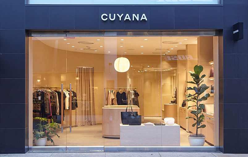 Cuyana opens at Standford Shopping Center