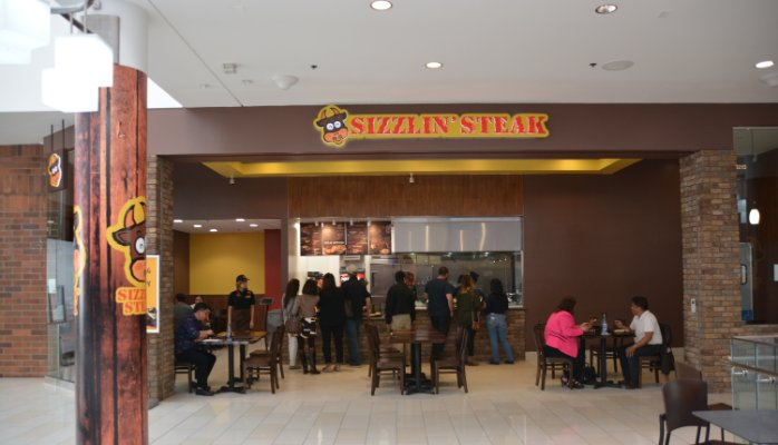 Something is Sizzlin' at the Glendale Galleria!